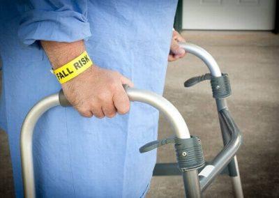 nursing-home-falls_600x400